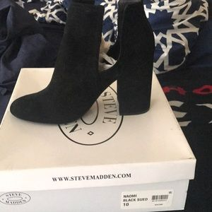 Black ankle booties size 10